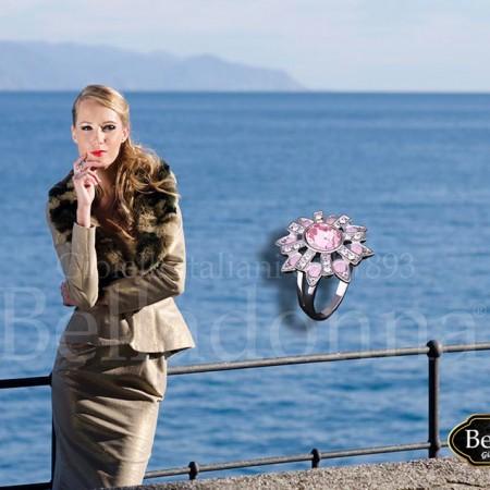 Inel-Floare-cu-cristale-roz