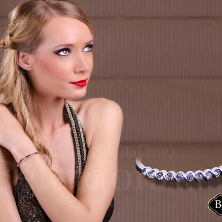 bijuterie-delicata-incrustata-cu-cristale-violet