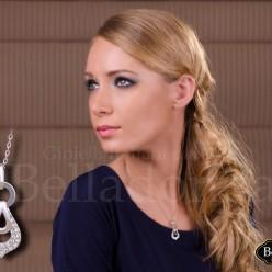 Colier-elegant-argintiu-cu-pietre-mici